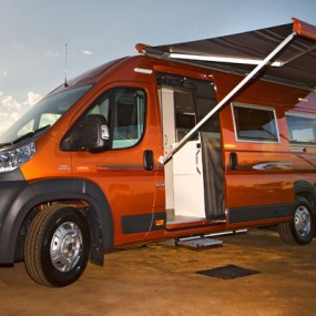 The Wanderer Feature - Free to Roam In a Horizon Motorhome - November 2014