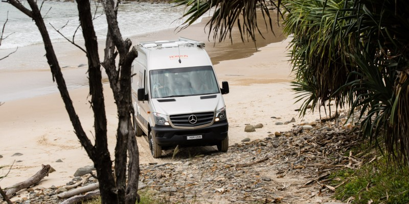 Sealing the Deal with Horizon Motorhomes – Wanderer – Nov 2015